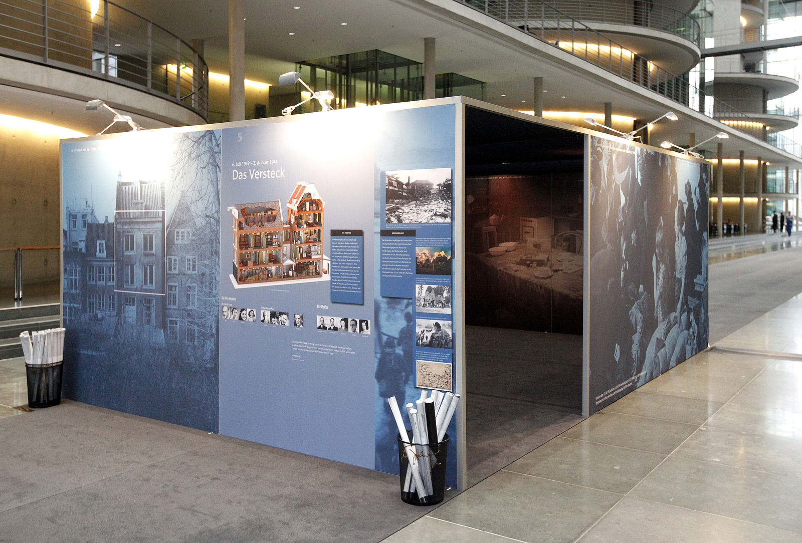 Ausstellungen