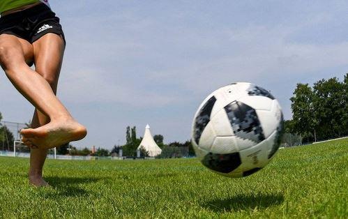 Queer gepasst – Fußball, Sexismus und Geschlechterrollen
